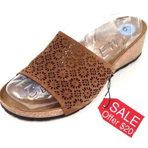 A Giannetti Leather Lace Slip On Sandals 6M